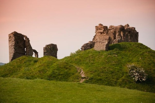Clun Castle. Taken at the same time as the above photograph.