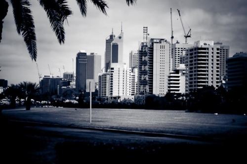 Perth... taken from inside the car. ISO 400, 1/3200 sec, F4.5, Aperture Priority.